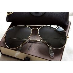fe0de7a075 Cofortable and cheap Ray Ban Aviator Sunglasses Black Frame Green Lens  Summer Outfits