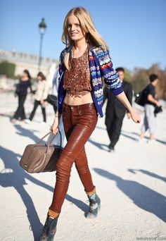 hanne gaby odiele street style  #eclectic #mixprint #fashion