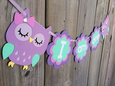 I am one Owl high chair banner banner purple by lilcraftychickadee Diy Owl Birthday Party, Owl Cake Birthday, Baby Birthday, Owl Themed Parties, Owl Parties, Party Themes, Hand Crafts For Kids, Exploding Box Card, Unicorn Crafts