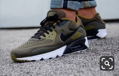 Nike Air Max 90 Extremely Particular Version Cargo Khaki/ Black-Olive Flak-White - Tenis Air Max 90, Nike Air Max Herren, Nike Air Max Mens, Air Max Sneakers, Sneakers Mode, Nike Sneakers, Sneakers Fashion, Nike Air Max Shoes, Kd Shoes