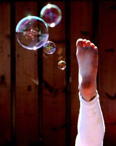 ~ Bubbles Bohemian People, Bubble Fun, Blowing Bubbles, Soap Bubbles, Simple Pleasures, Face, Photography, Luigi, Barefoot