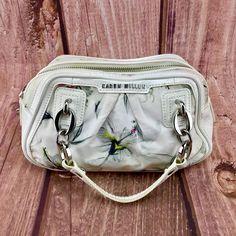 Karen Millen Womans designer Handbag Quality Style white , floral designs purse Karen Millen, Floral Designs, Designer Handbags, Gym Bag, Purses, Accessories, Shoes, Women, Style