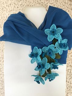 Hand Embroidery Art, Embroidery Dress, French Beaded Flowers, Crochet Flowers, Crochet Art, Crochet Patterns, Summer Scarves, Crochet Accessories, Yarn Crafts