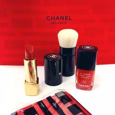 Totally Red! Chanel #manlioboutique #festadellamamma #makeup #beauty