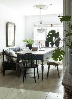 Vintage House: Dining room