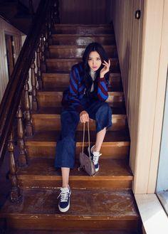 korean-dreams-girls:  Lee Chae Eun - September 10, 2015 2nd Set