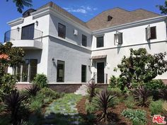 See this home on Redfin! 100 North La Jolla Ave, Los Angeles, CA 90048 #FoundOnRedfin