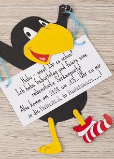 Einladungskarten für eine Rabe Socke Mottoparty basteln | Tambini