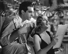 Fred MacMurray and Carole Lombard - Swing High, Swing Low Golden Age Of Hollywood, Classic Hollywood, Old Hollywood, Donna Reed, Charles Bronson, Barbara Stanwyck, Carole Lombard, Clark Gable, Lauren Bacall