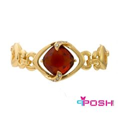 POSH - Elizabeth - Bracelet Fashion Bracelets, Fashion Jewelry, Women's Bracelets, Amber Stone, Ladies Boutique, Passion For Fashion, Heart Ring, Luxury Fashion, Pendants