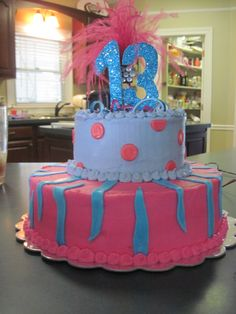 I never get tired of making birthday cakes for teenage girls!