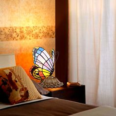 Tiffany Style Table Light with Butterfly Patterned Shade – LightSuperDeal.com