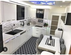 Discover recipes, home ideas, style inspiration and other ideas to try. Kitchen Room Design, Kitchen Cabinet Design, Kitchen Interior, Kitchen Decor, Modern Kitchen Cabinets, Tiny House Living, Home Kitchens, Home Accessories, Sweet Home