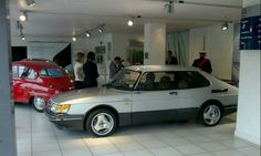 Saab 900 T16 Aero....with totally the wrong wheels.....but i like it