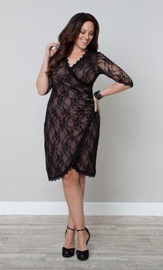 Perfect holiday cocktail dress! | Plus Size Gigi Lace Cinch Dress by Kiyonna | #KiyonnaPlusYou #Kiyonna #PlusSize