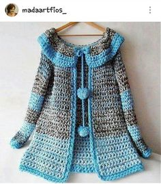 Baby crochet poncho pattern free cardigan sweaters 37 New Ideas Crochet Poncho Patterns, Crochet Coat, Crochet Jacket, Crochet Cardigan, Crochet Shawl, Knitting Patterns, Cardigan Sweaters, Crochet Girls, Crochet Baby Clothes