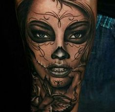 Day of the Dead Tattoos - 101 most gorgeous and haunting tattoos you've ever see. - Day of the Dead Tattoos – 101 most gorgeous and haunting tattoos you've ever seen around Day of - Best 3d Tattoos, Dream Tattoos, Trendy Tattoos, Body Art Tattoos, Girl Tattoos, Sleeve Tattoos, Tattoos For Women, Portrait Tattoos, La Muerte Tattoo