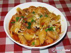 Olasz babos tészta (pasta e fagioli) Pasta E Fagioli, Ravioli, Chicken, Meat, Ethnic Recipes, Food, Lasagne, Beef, Meals