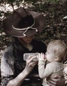 Carl Grimes (Chandler Riggs) and Juthit ❤️