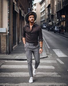 Casual Styles For Men ( Indian Men Fashion, Fashion Hub, Mens Fashion, Moda Instagram, Summer Fashion Outfits, Casual Outfits, Men's Outfits, Men Looks, Stylish Men