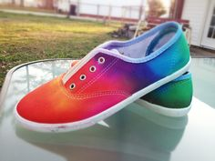 DIY Tie-Dye Shoes! I'm DEFINITELY doing this!