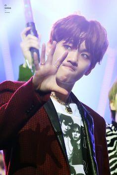 Chanbaek Fanart, Baekhyun Fanart, Chanyeol, Hip Pop, Exo Korean, Funny Kpop Memes, Kdrama Memes, Jungkook Aesthetic, Kpop Exo