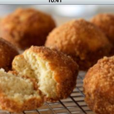 Cinnamon donut muffin: replace flour with protein powder and sugar with stevia :) http://www.horizondairy.com/recipes/cinnamon-doughnut-muffins/