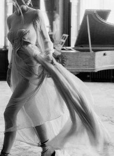 Elegant Irish Gold Wedding Inspiration from Lance Nicoll and Pearl & Godiva Movement Photography, Film Photography, Couple Photography, Wedding Photography, Engagement Couple, Engagement Photos, Ethereal Wedding, Lace Wedding, Wedding Dress
