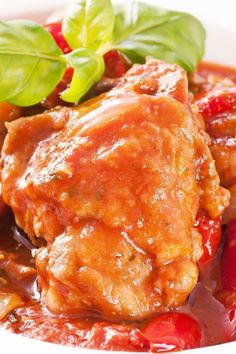 Crock pot cooking makes for easy meals. Crock Pot Chicken Cacciatore Recipe from Grandmothers Kitchen. Crock Pot Recipes, Crock Pot Cooking, Slow Cooker Recipes, Chicken Recipes, Cooking Recipes, Recipe Chicken, Chicken Cacciatore, Bariatric Eating, Healthy Recipes