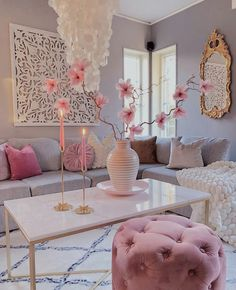 are in the mood for eclectic interior design.We are in the mood for eclectic interior design. Glam Living Room, Living Room Decor Cozy, Bedroom Decor, Wall Decor, Wall Art, Pink Living Rooms, Blush Pink Living Room, Living Spaces, Living Room Themes