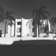 Reconnaissance in this week featuring some nice Iwan Iwanoff projects. City Beach, Modernism, Perth, Tapestry, Architecture, Nice, Projects, Instagram, Home Decor