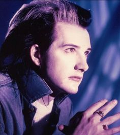 This is my all-time fave Dave Vanian look.