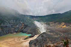 Kawah Ratu Mt. Tangkuban Perahu, West Java, #Indonesia