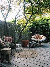 &stijl: Urban jungle in Haarlem. Side Garden, Terrace Garden, Garden Spaces, Garden Planters, Japanese Garden Design, Home Garden Design, Home And Garden, Growing Tulips, Small Gardens