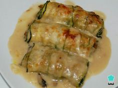 Mushroom stuffed zucchini cannelloni – Foods and Drinks Tasty Vegetarian Recipes, Vegetable Recipes, Real Food Recipes, Cooking Recipes, Healthy Recipes, Go Veggie, Deli Food, Food Porn, Good Food