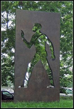 "Elizabeth Catlett's art did not exclude men; ""Invisible Man,"" her 15-foot-high bronze memorial to the author Ralph Ellison, can be seen in Riverside Park in Manhattan, at 150th Street."