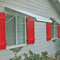 Read more: We discover a new one-stop source for 44 different styles of window awnings - Retro Renovation Shutters Exterior, Outdoor Shutters, Windows Exterior, House Exterior, Window Shutters, Exterior Design, Window Awnings, Retro Renovation, Renovations