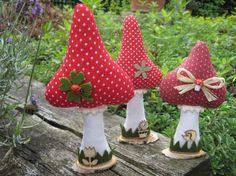 Vintage Deko Basteln Garten 55 Ideas For 2019 Doll Crafts, Fun Crafts, Diy And Crafts, Crafts For Kids, Vintage Interior Design, Vintage Logo Design, Vintage Kitchen Signs, Vintage Accessoires, Christmas Decorations