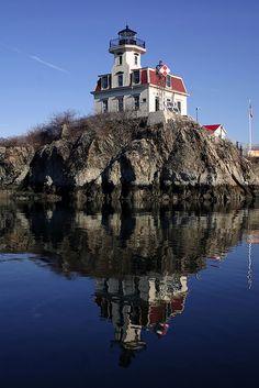 Pomham Rocks Lighthouse, Rhode Island