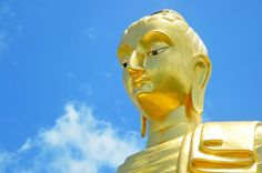 Home to the tallest Standing Buddha in Thailand, this temple is visible from afar thanks to this majestic statue.