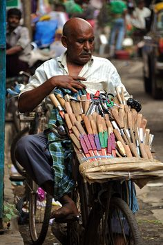mobile Knife Sharpener Mumbai India this service provide door to door