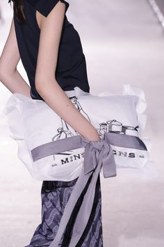mintdesigns Anastasia, Gym Bag, Runway, Spring Summer, My Style, Bags, Tokyo, Fashion, Cat Walk