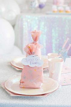 Sweet Dreams Birthday Party: A Slumber Party Dream Come True - Project Nursery 9th Birthday Parties, Birthday Party Celebration, Slumber Parties, Baby Birthday, Birthday Ideas, Cloud Party, Star Party, Dessert Table Backdrop, Party Plates