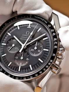 cc Black Friday deal off all purchases discount code: shop herbhandler.cc Black Friday deal off all purchases discount code: Stylish Watches, Luxury Watches For Men, Cool Watches, Omega Speedmaster Moon, Omega Seamaster, Moonwatch Omega, Rolex, Gentleman Watch, Style Masculin