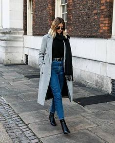 Long coat | Autumn | Streetstyle | Jeans | Fall look | Inspiration | More on Fashionchick