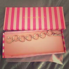 Victoria's secret Bracelet NEW NEW Bracelet Victoria's Secret Jewelry Bracelets