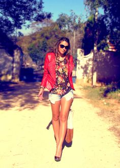 Spikes-red-jacket-and-denim-shorts