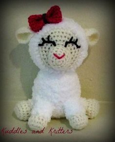 Crochet Lamb from Kuddles and Kritters on Etsy. <3