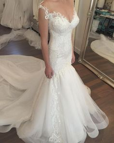 Glamorous George Elsissa wedding dress;