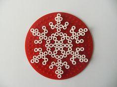 Gabulle in wonderland: Snowflakes Hama beads